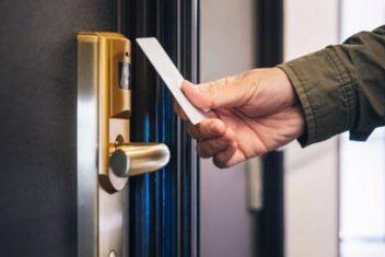 repair commercial locks
